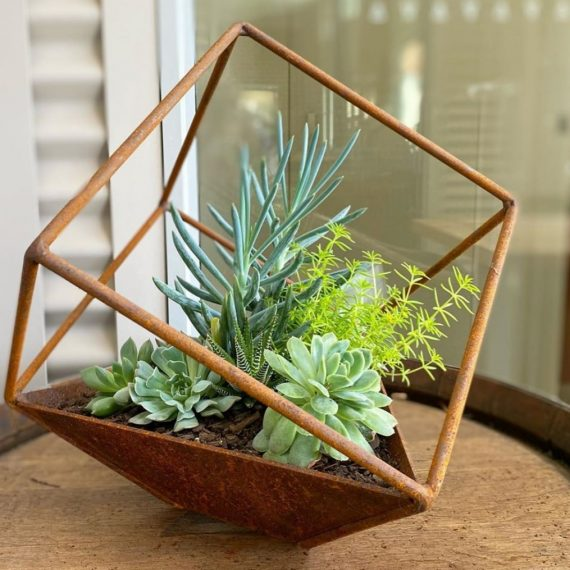 Metalwork small cube planter Broadcroft Design