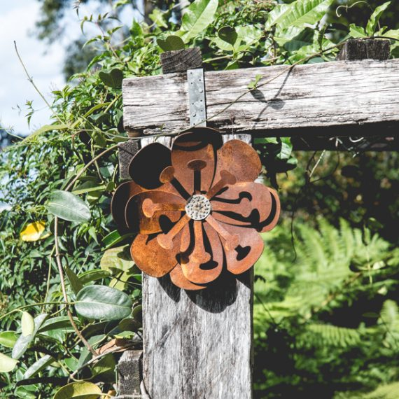 Metal Work Broadcroft Design Wall Flower Poppy